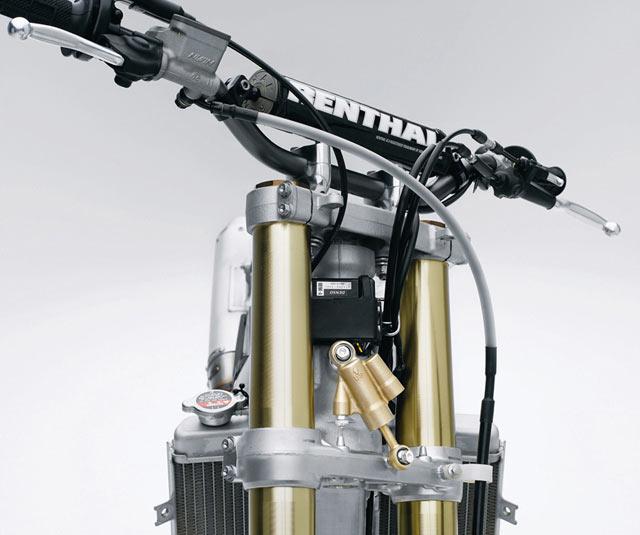 Honda CRF 450 R Gabel mit Lenkungsdämpfer